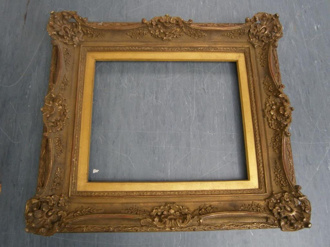 What to do with picture frames new 2 you upscale retail shop we all have them somewhere a pile a box a stack or any assortment of old picture frames its easy to just throw them away or you could revamp them jeuxipadfo Images